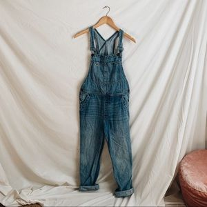 + FREE PEOPLE // BOYFRIEND STYLE OVERALLS +